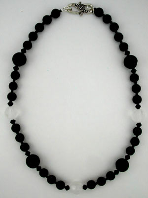 dot black onyx necklace
