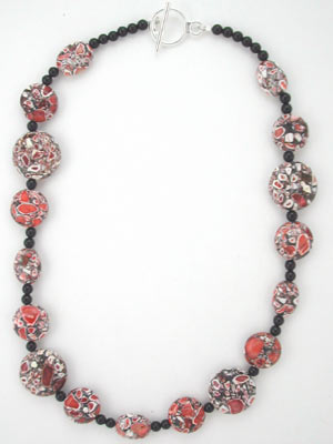 red magnesite and black onyx necklace