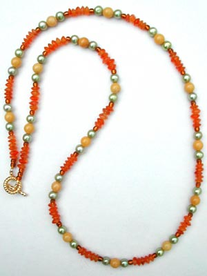 pearl and carnelian beaded necklace