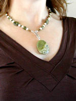 ryolite necklace with clothes