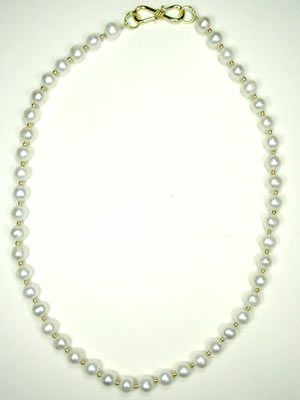 White freshwater pearl necklace-16
