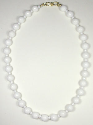 large white shell necklace