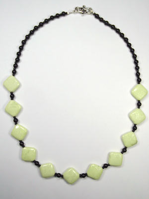 lemon chrysoprase and black onyx necklace